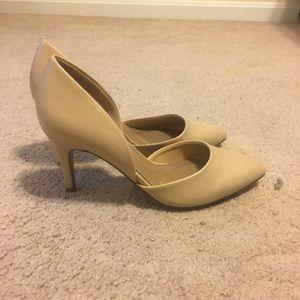 Never worn low heels